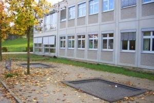Grund-und_Mittelschule_1