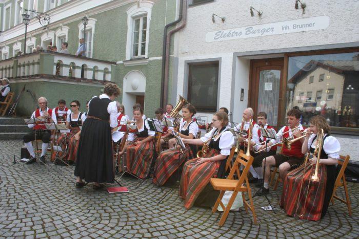 Blaskapelle Isen: Zwei Auftritte beim Haager Herbstfest