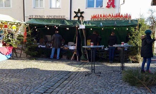 Buntes Programm und Gewinnspiel zum Nikolausmarkt 2016