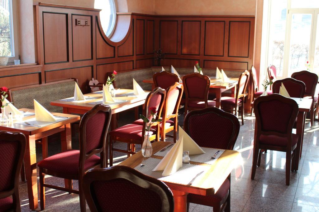 Elegantes italienisches Restaurant La Locanda und Pizza Heimlieferservice in Isen