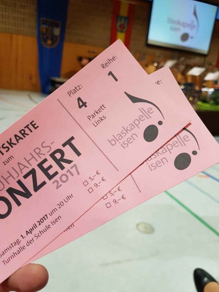 9 Euro kostet der Eintritt zum Frühjahrskonzert der Blaskapelle Isen. Ermäßig für Schüler z.B. nur 5,- Euro