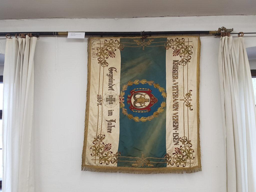 Originalfahne Veteranen und Soldatenkameradschaft im Heimatmuseum in Isen