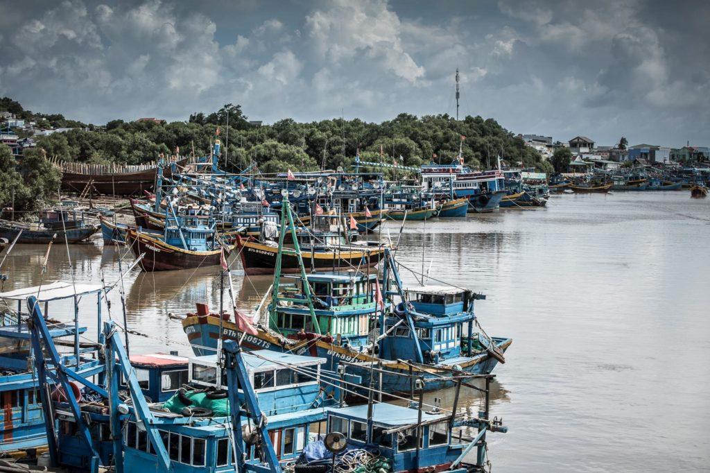 Bertl-Jost-Kambodscha-Vietnam-Fotos-Schiffe