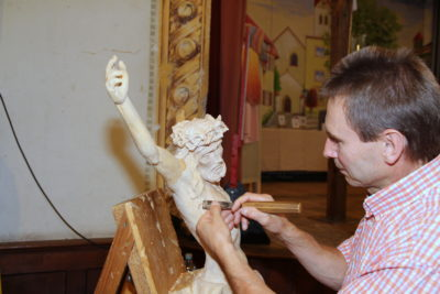 Große Bildergalerie: Leinenmarkt mit viel Handwerkskunst