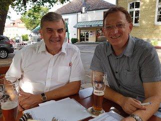 SPD Bundestagsabgeordneter Ewald Schurer im Interview mit Klaus Hamal von Isen Infos