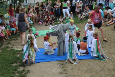 Sommerfest im Kinderhaus Isen: Hier steppte der Bär