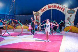 Kinder als Stars im Zirkus – der Mitmachzirkus begeistert Kinder und Eltern in Isen