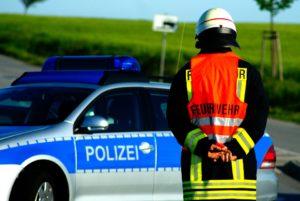 Räuber überfallen Autofahrer: VW Touran und zwei Männer gesucht