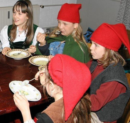 Kindergruppe startet beim Theaterverein Isen