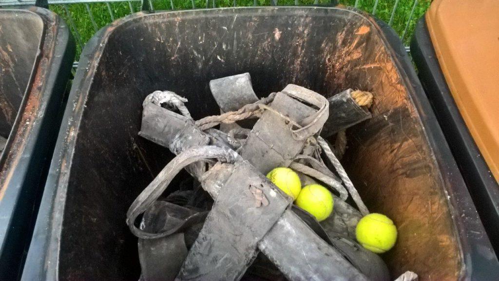 Illegale Müllentsorgung beim Tennisclub Isen
