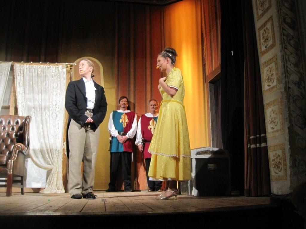 Theaterverein Isen Lilly un die Erbse