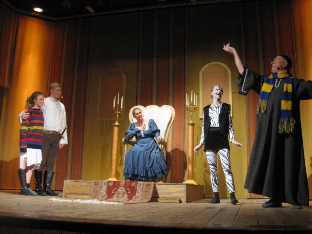 Premiere des Theaterstücks Lilly und die Erbse