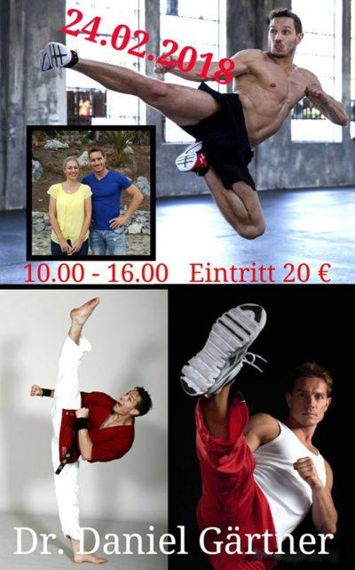 Dr. Daniel Gärtner, Sportwissenschaftler und 3-facher Kickbox Weltmeister gibt ein professionlles Training in Isen