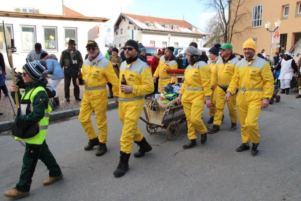 Motosportclub Isen ist schwer am rennen..... Faschingszug Isen 2018