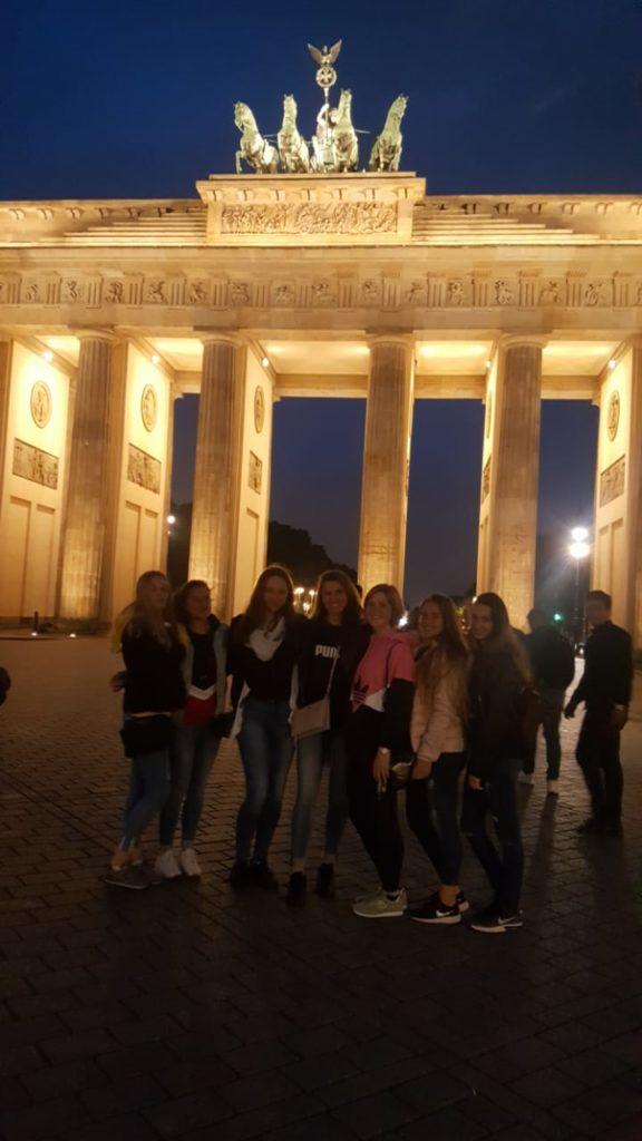 Isener Volleyball Mädels in Berlin