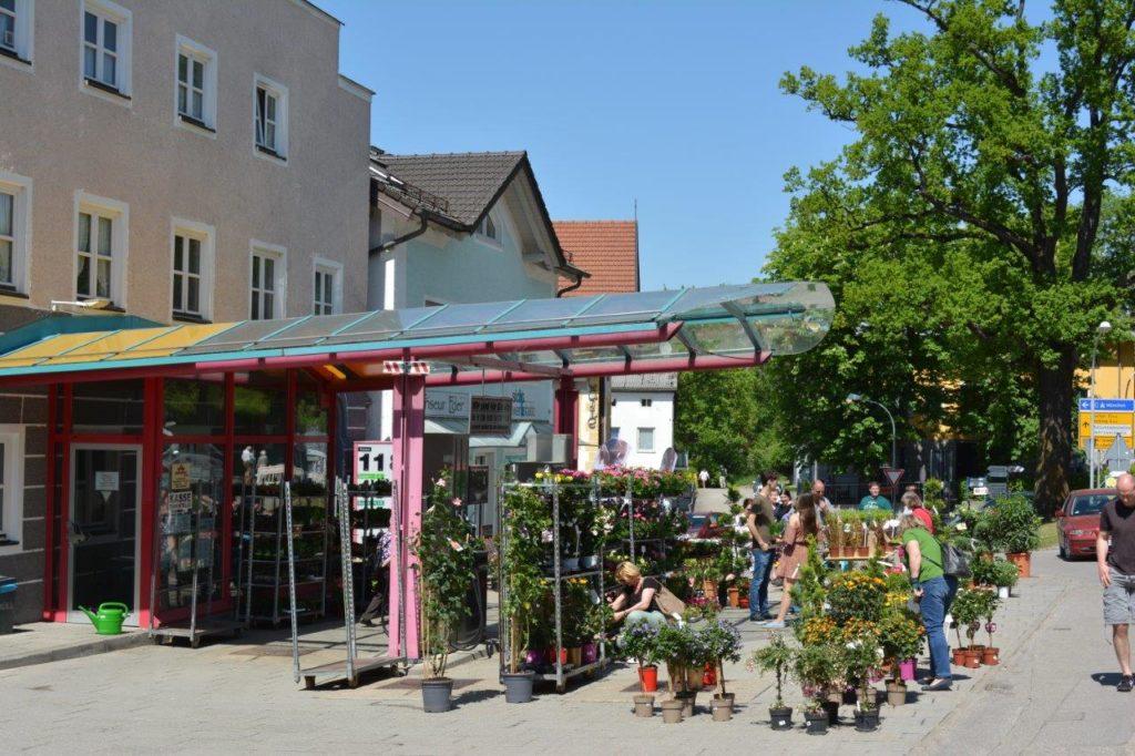 Viele Isener Geschäfte hatten auch geöffnet.