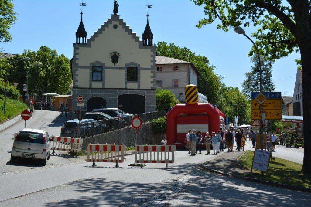 Beim Kreuzmarkt Isen wird die Münchner Straße komplett ab der Sattler-Kreuzung gesperrt
