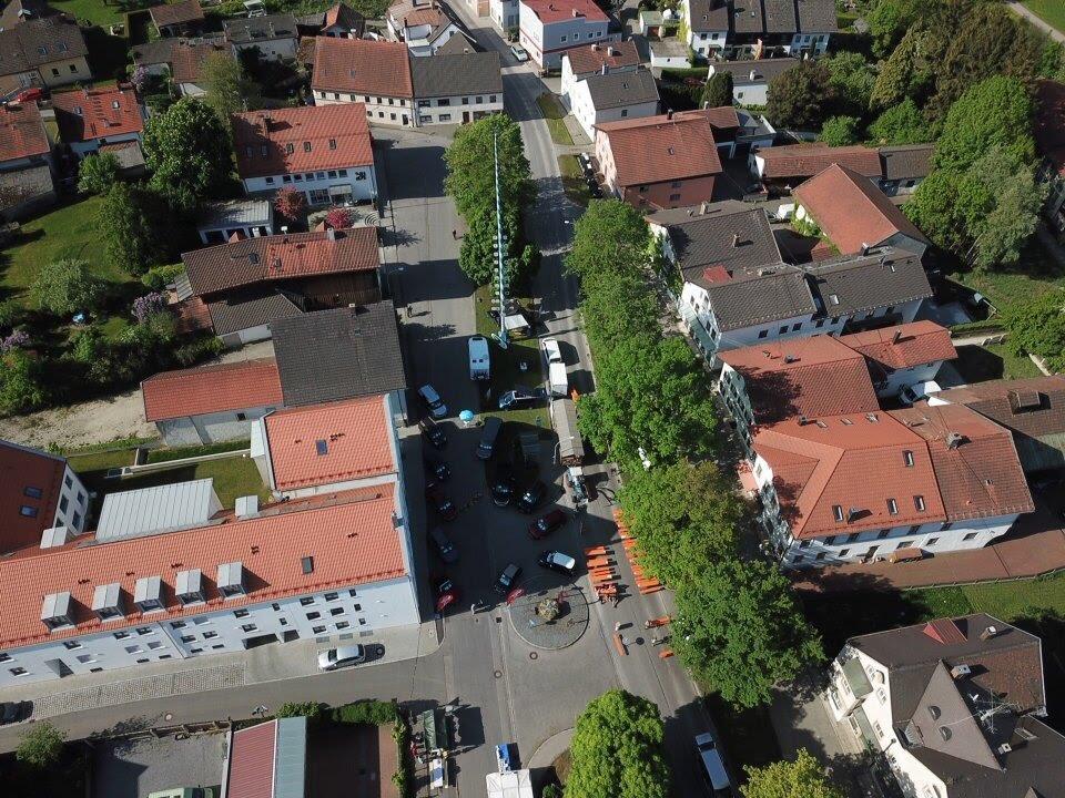 Isen von oben - Danke an Reisemobile Urbanik für die Fotos vom Kreuzmarkt Sonntag in Isen