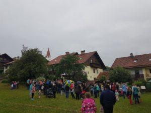 Demo zum Erhalt des Schlittenberges an der Schule