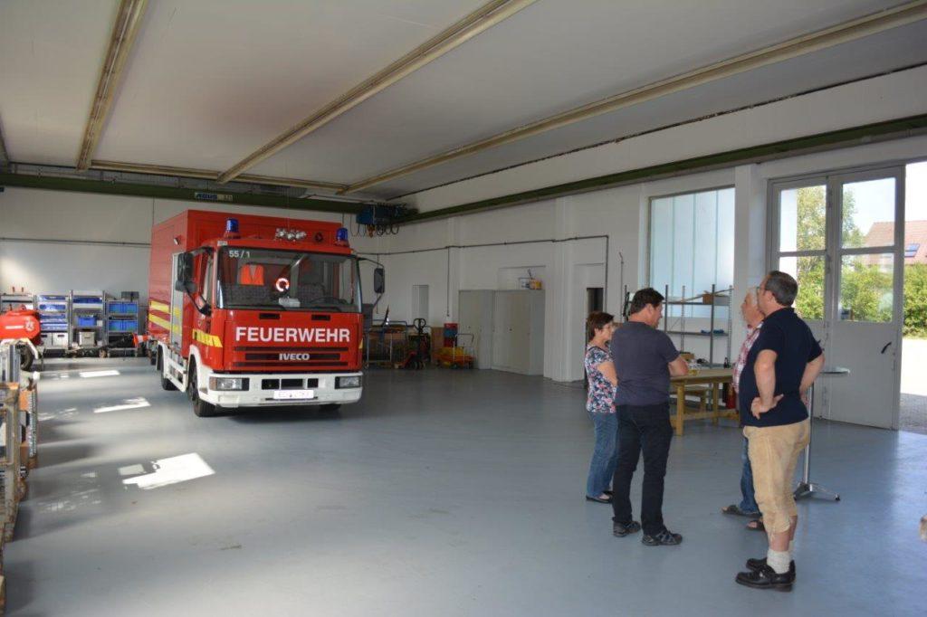 Ein Teil der neuen zusätzlichen Feuerwehrhalle, die durch die Fa. Banke an die Feuerwehr vermietet wurde.