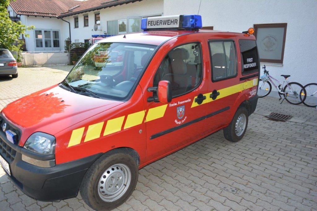 First Responder Einsatzfahrzeug der Feuerwehr Isen