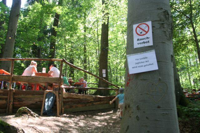 Rauchverbot im Wald sollte bei den heißen Temperaturen natürilch selbstverständlich sein