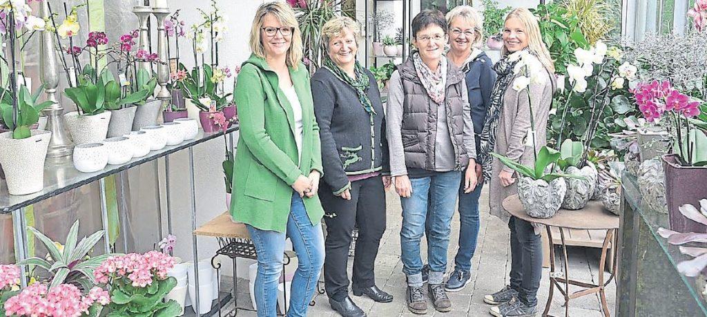 Das Brechter-Team im Verkaufsladen (v.l.): Christine Bachmeier, Irmgard Pointner, Rosmarie Loher, Tina Perzl und Michaela Eiglsperger.