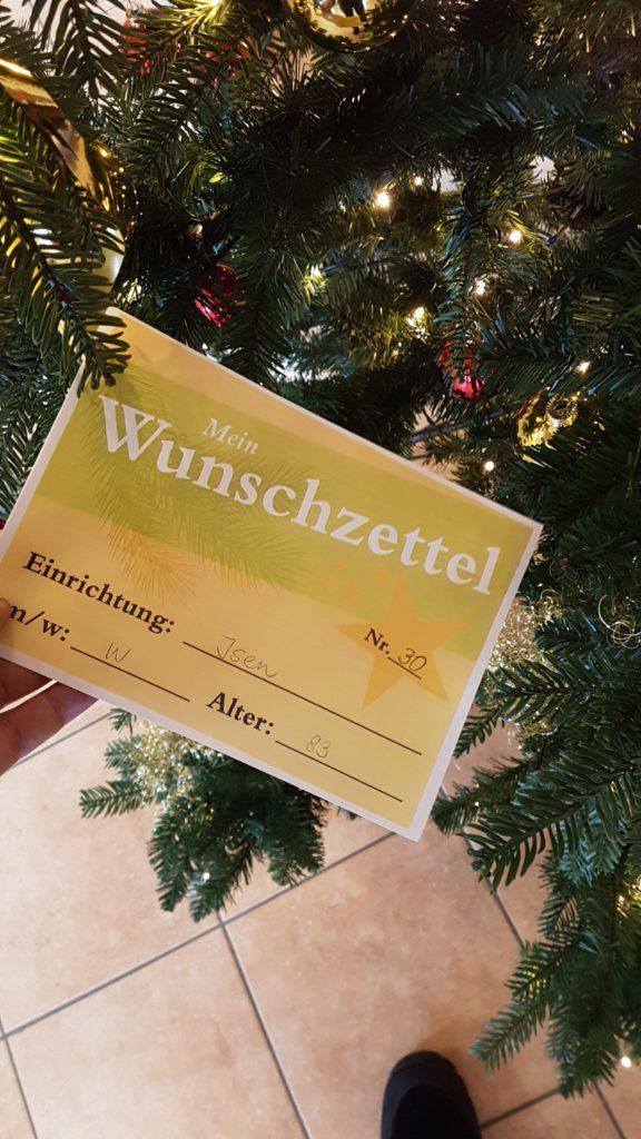 Wunschzettel am Wunschbaum Isen
