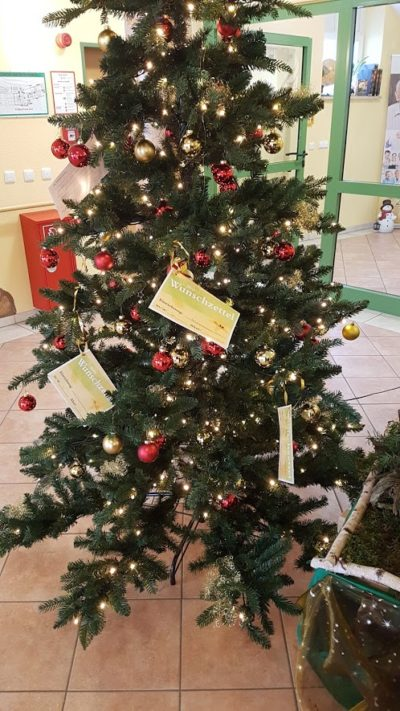 Wunderbare Wunschbaumaktion im Isener Senioren- und Pflegezentrum