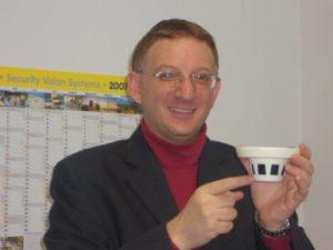 Redakteur Klaus Hamal, Informationselektroniker-Meister, Betriebswirt (HWK), IHK-Prüfer für IT-Berufe