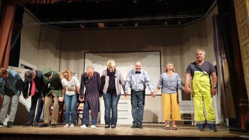 """Premiere Theaterverein """"Honig im Kopf"""" begeistert Besucher. Film-Theater auf höchstem Level"""