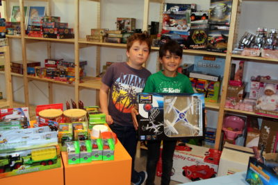 """Kinderbücher, Schreibwaren und Spiele: """"servus KINDER"""" öffnet am 4. Mai"""