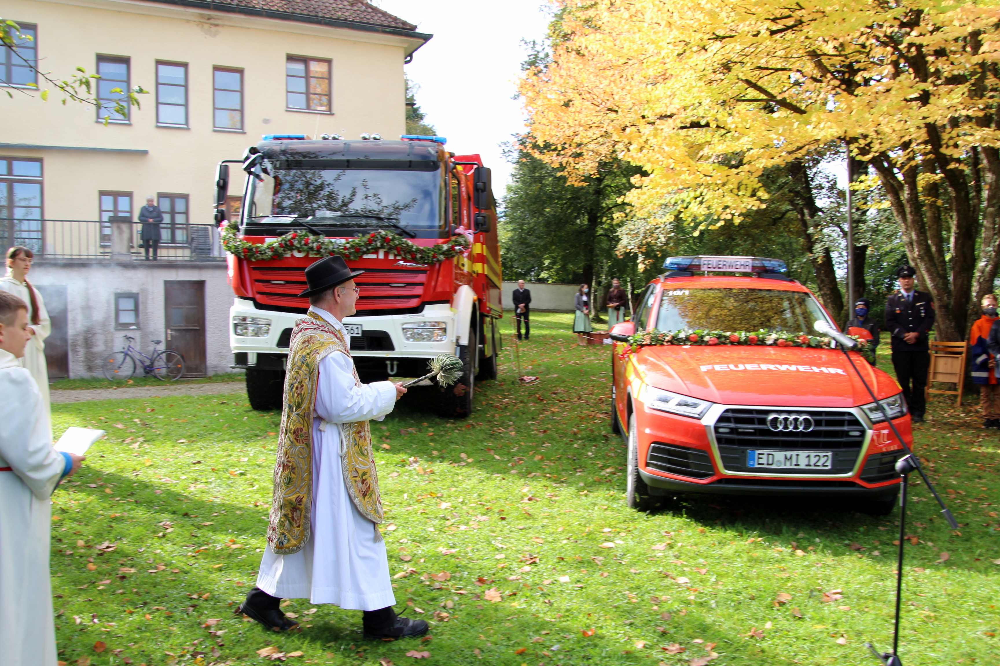2020-10-04 Fahrzeugsegnung FFW Isen (54)